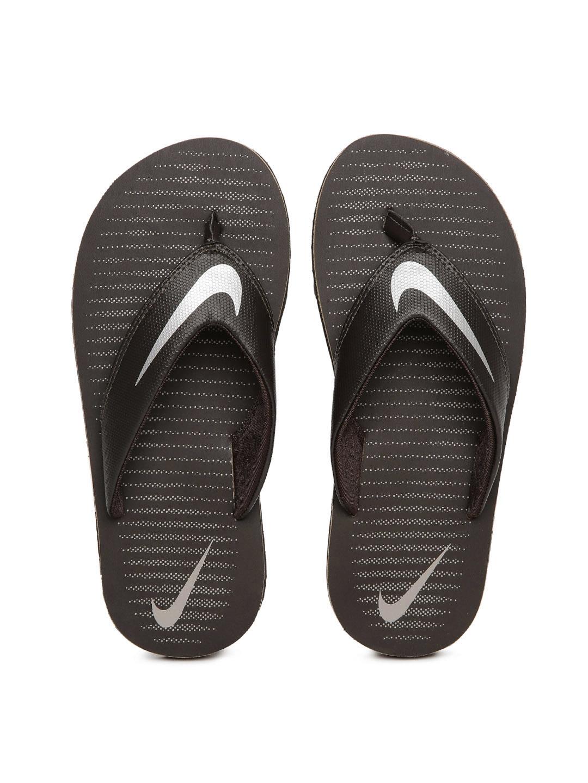 the latest 2dff6 c7671 Nike Men Brown Printed Chroma Flip-Flops
