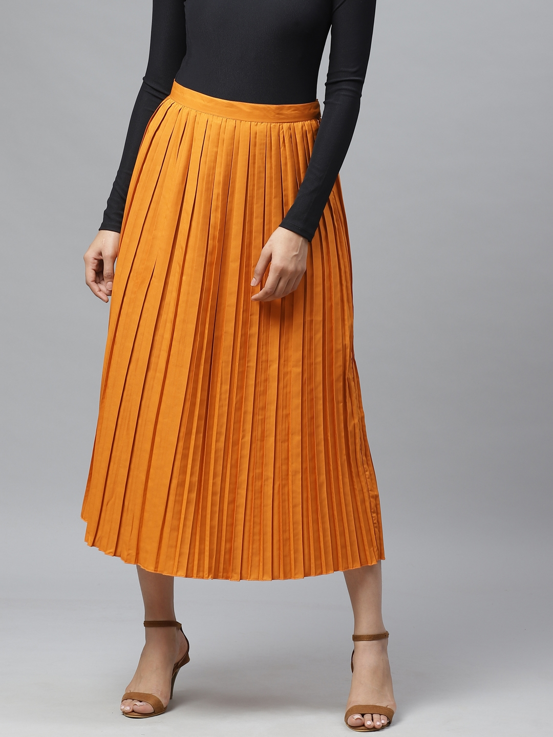Ives Women Orange Solid Accordion Pleated Flared Skirt