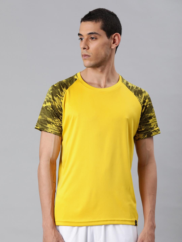VEIRDO Men Yellow Solid Round Neck T shirt