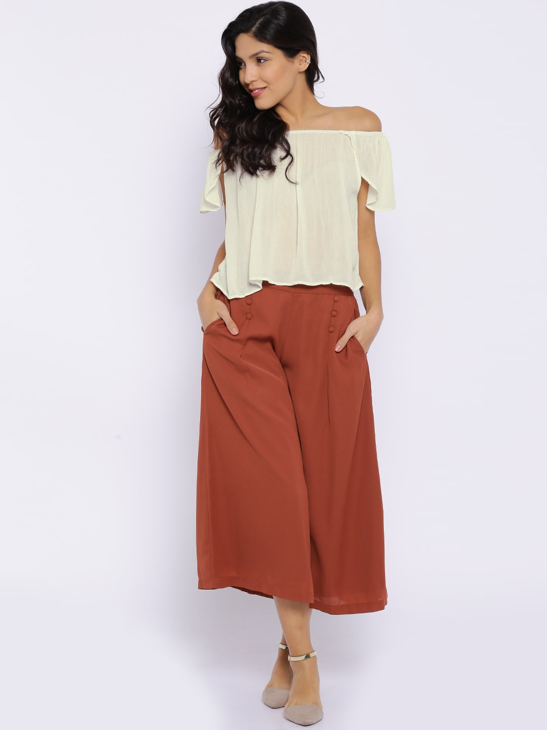 0ee3787de07465 Buy MANGO Off White Flared Crop Top - Tops for Women 1309321 | Myntra