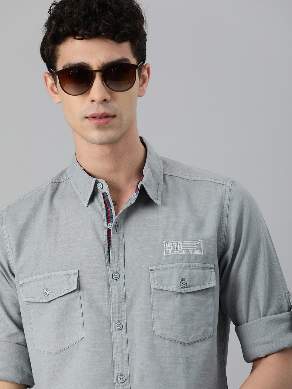 Roadster Men Grey Solid Casual Shirt