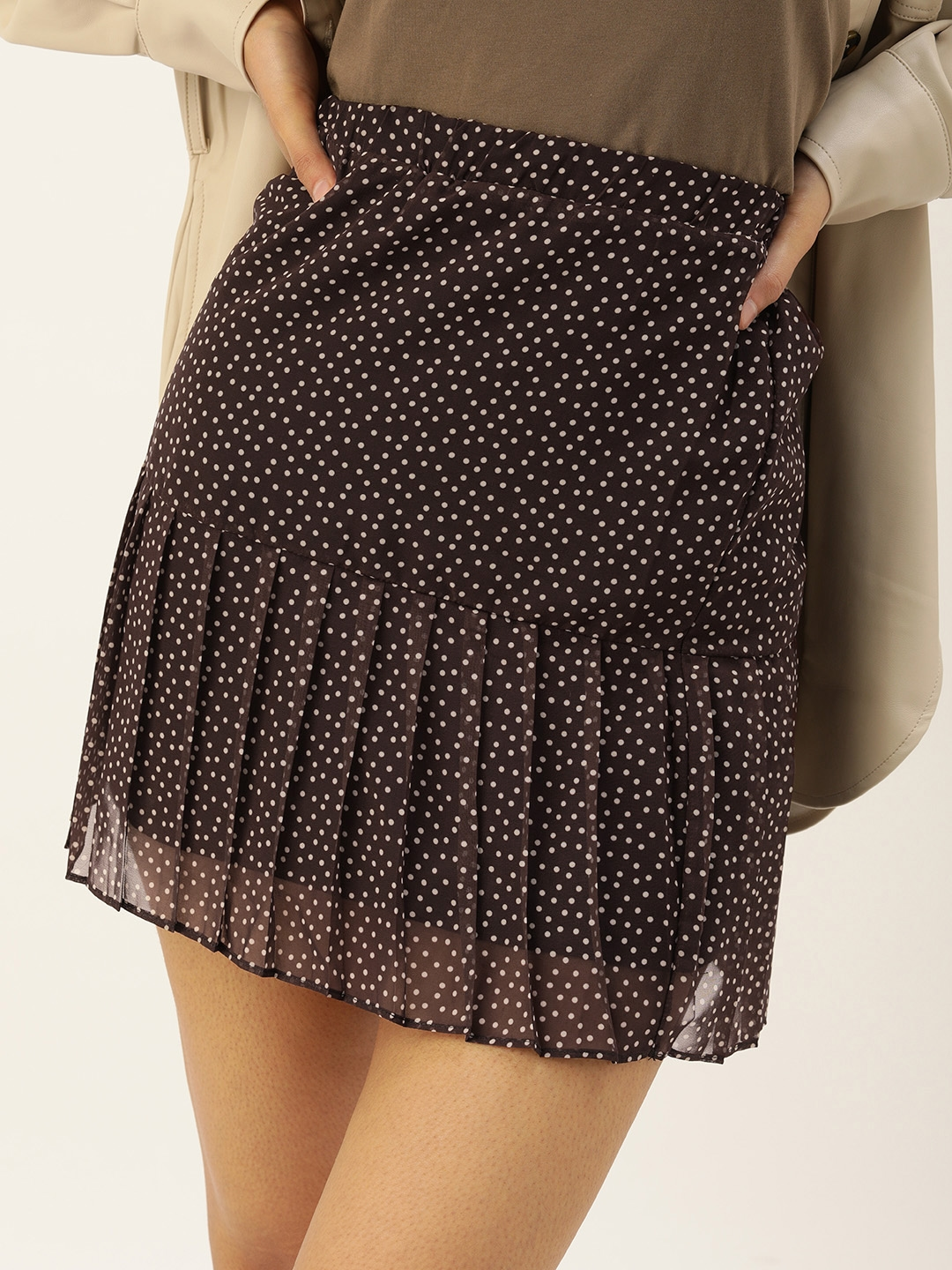 TRENDYOL COLLECTION Women Brown   White Printed Pleated Tiered Mini Skirt