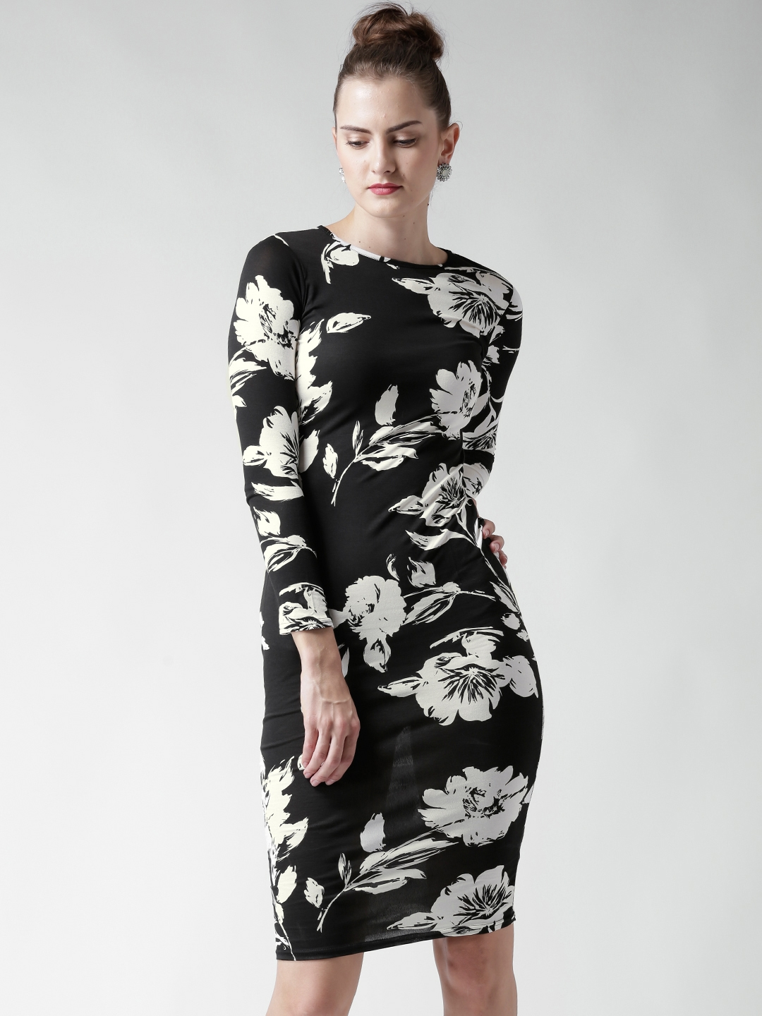 7902efc0686 Black And White Floral Print Dresses