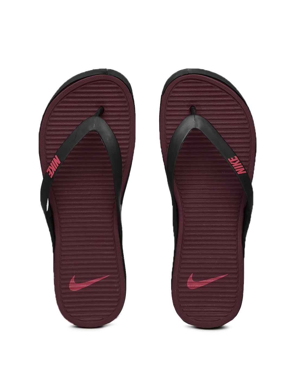 the best attitude a5399 dba16 Nike Men Black & Burgundy Matira Flip-Flops