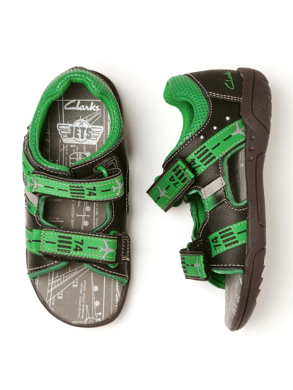 d4481245f40bce Buy Clarks Boys Black   Green Colourblocked LED Leather Sandals ...