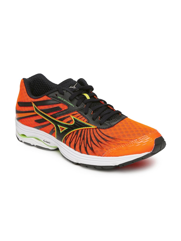 e5ae015f6302 Buy Mizuno Men Orange WAVE SAYONARA 4 Running Shoes - Sports Shoes ...