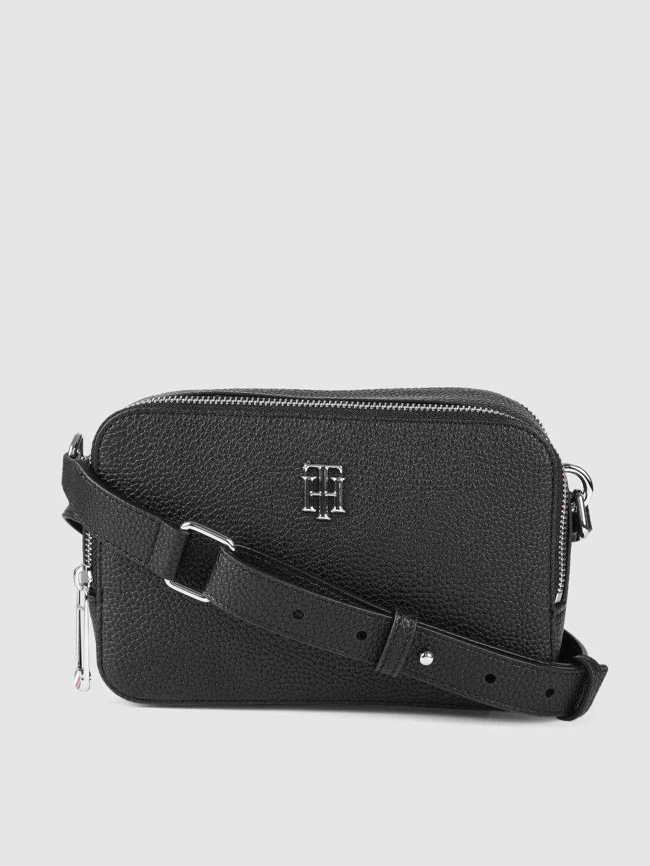 Tommy Hilfiger Women Black Solid Camera Bag With Sling Strap