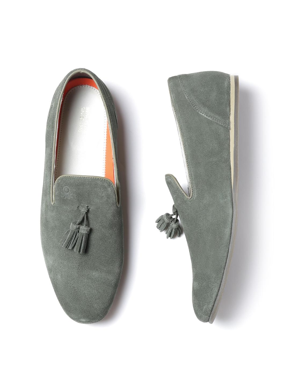 3d5b273abd6bd4 United Colors of Benetton Men Olive Green Suede Tassel Loafers. Dockers  Mens Hillsboro Leather Dress Casual Tassel Loafer Shoe