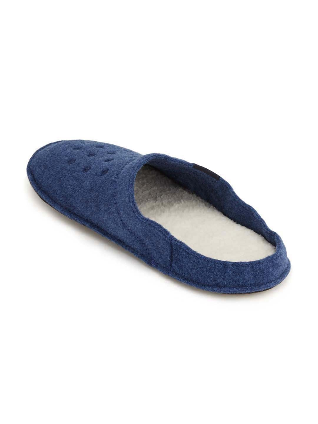 7aa7a8ea7adea8 Buy Crocs Unisex Blue Classic Slippers - Flip Flops for Unisex ...