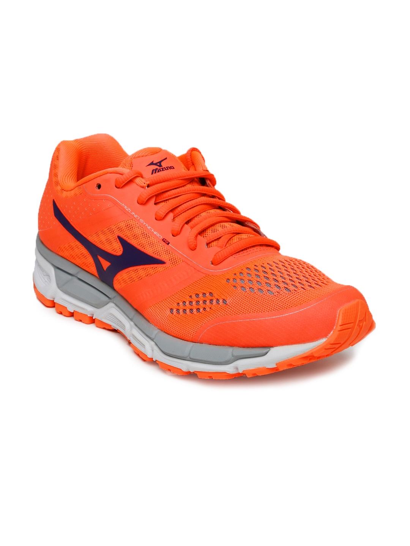 Mizuno Women Orange Synchro MX Running Shoes