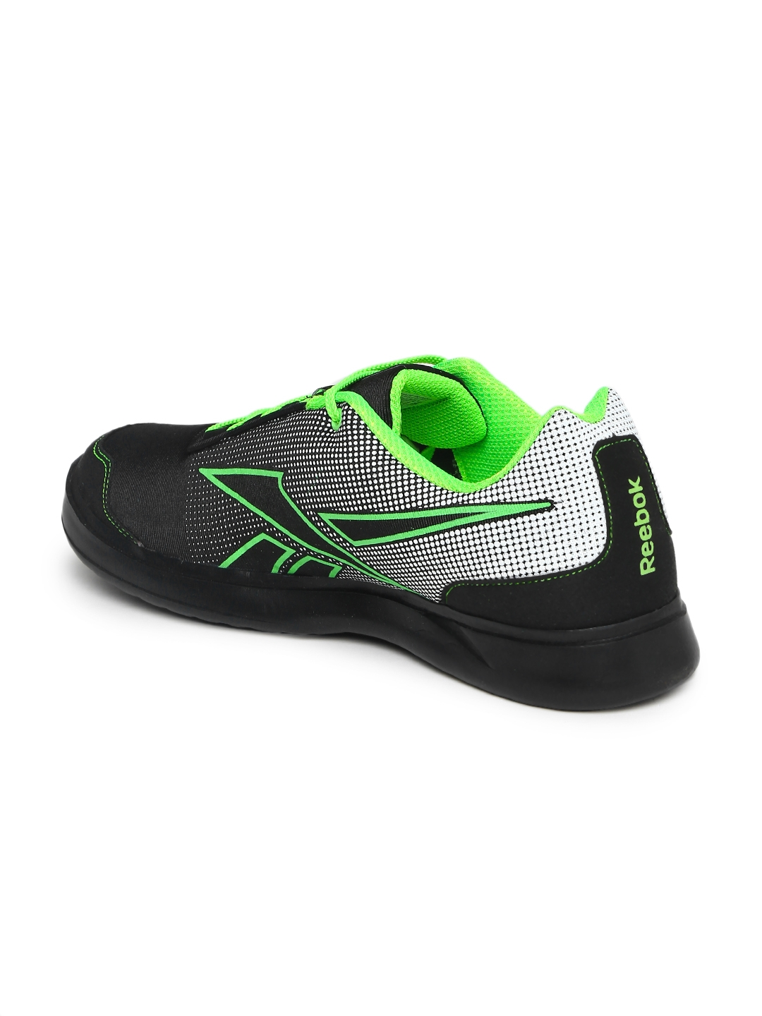 Buy Reebok Men Black Athletic Run 2.0 Running Shoes - Sports Shoes ... 0f1d5f934