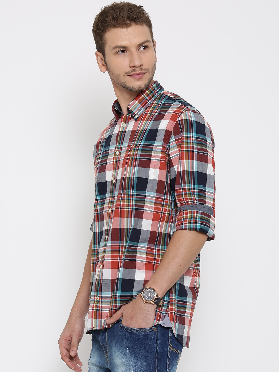9e5716b0 Buy Tommy Hilfiger Men Multicoloured Custom Fit Checked Casual Shirt ...