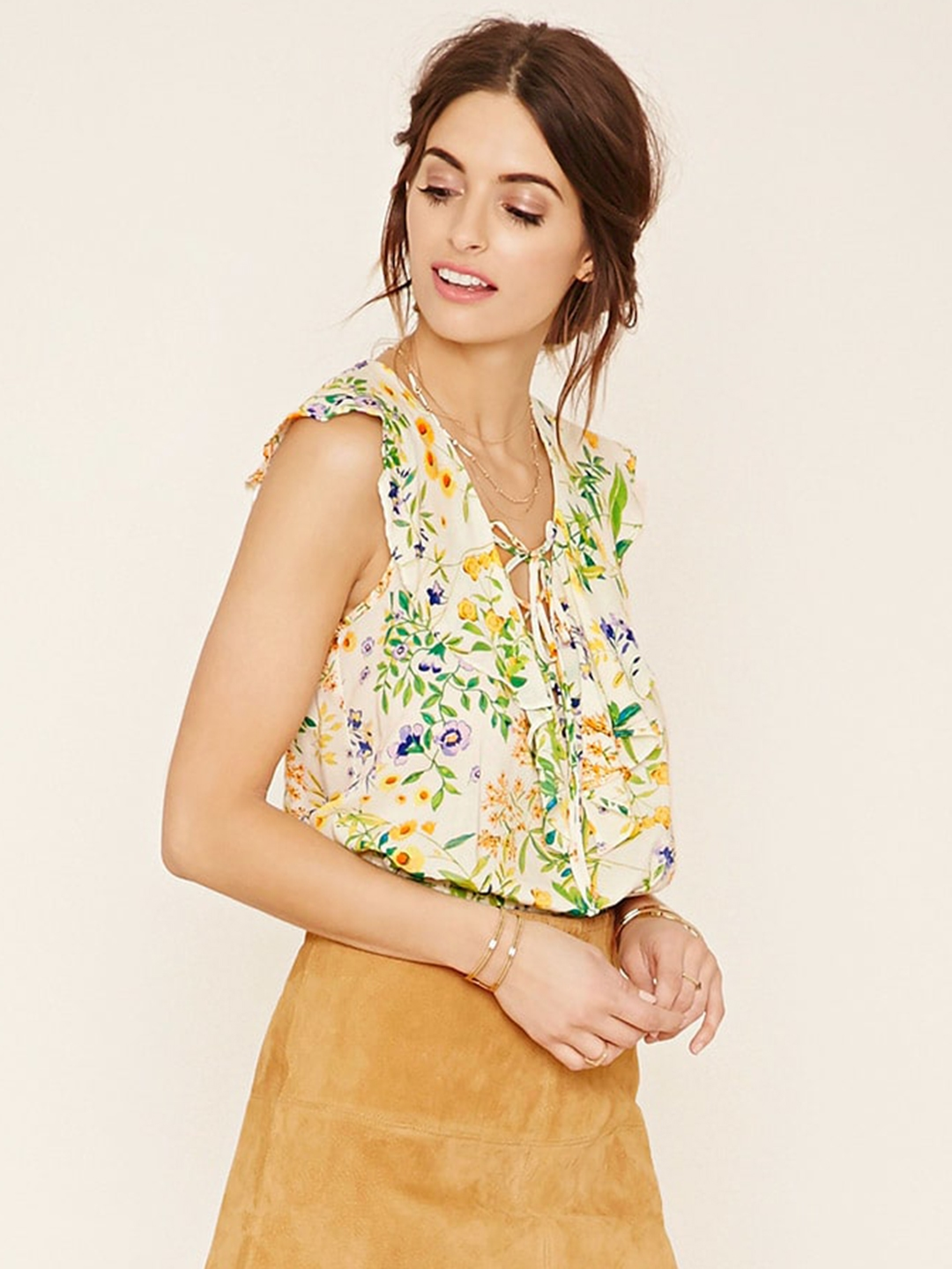ffaab80c84846 Buy FOREVER 21 Women Cream Coloured Floral Print Crop Top - Tops for ...