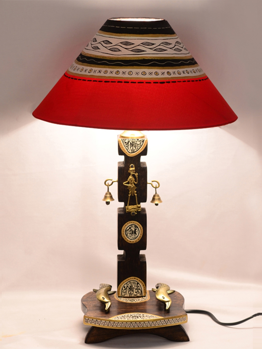 ExclusiveLane Red   Brown 20 Inch Dhokra   Warli Handpainted Wooden Table Lamp with Shade