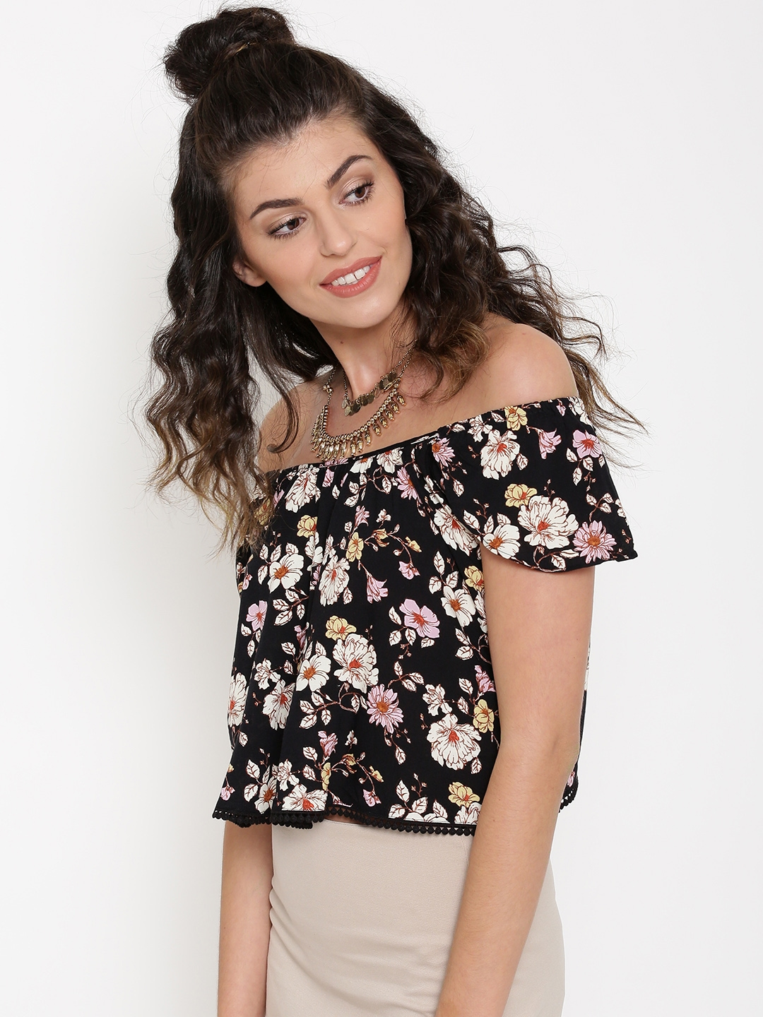 4166457b15ccc6 Buy FOREVER 21 Women Black Floral Print Off Shoulder Crop Top - Tops ...