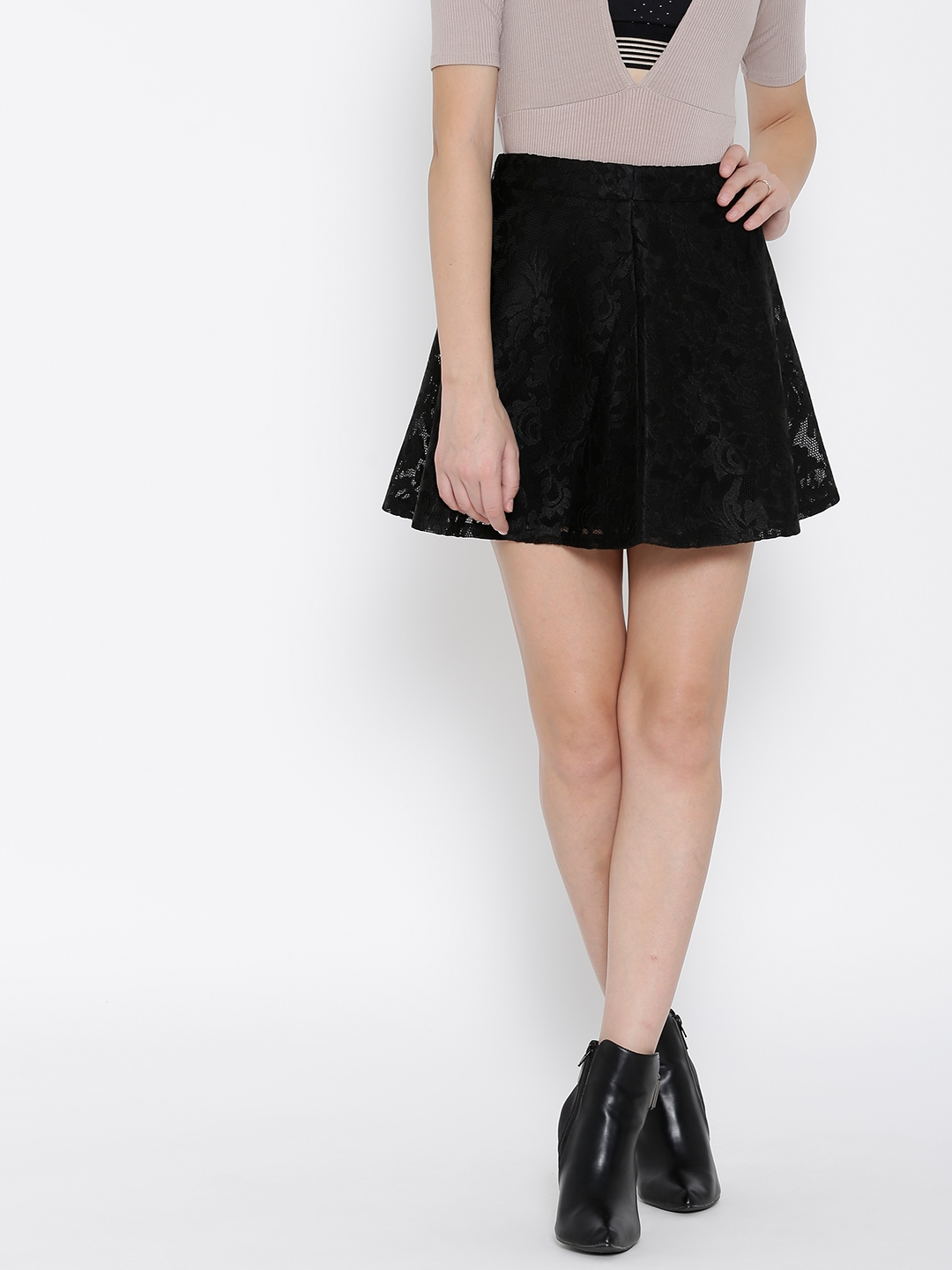 a6febe11f0b8 Buy FOREVER 21 Black Floral Lace Flared Mini Skirt - Skirts for ...