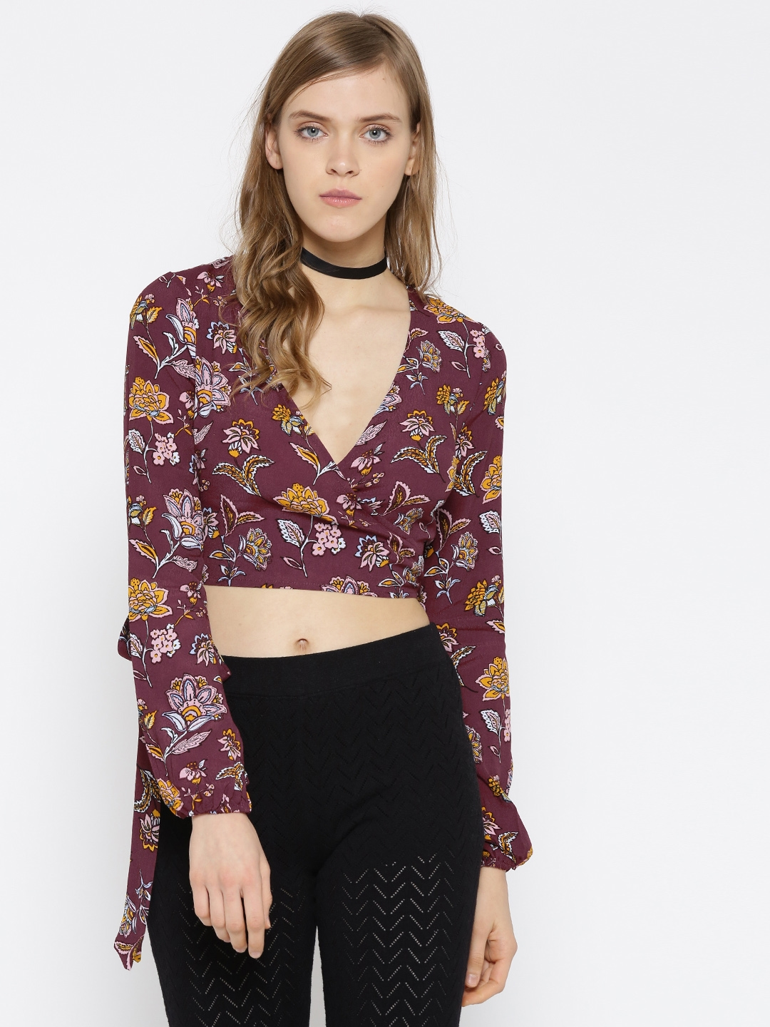 be3b3f278d05a7 Buy FOREVER 21 Women Burgundy Floral Print Crop Top - Tops for Women ...