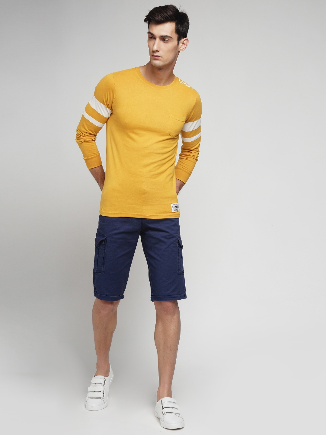 335b8480 Buy Difference Of Opinion Men Mustard Yellow Printed Round Neck T ...