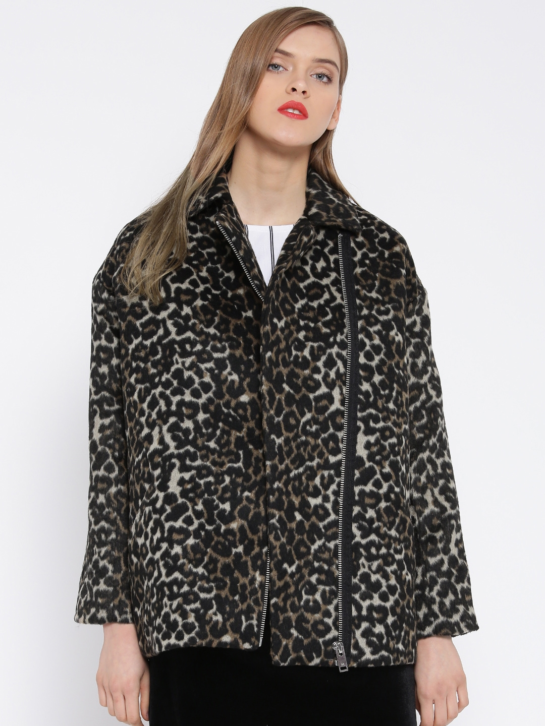 f23c93e12c3db7 Buy MANGO Black   Beige Animal Print Jacket - Jackets for Women 1670628