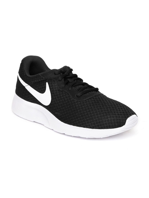 Nike Men Black Tanjun Sneakers