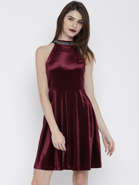 e5f3b1fe66e Buy Deal Jeans Women Burgundy Solid Skater Dress - Dresses for Women ...