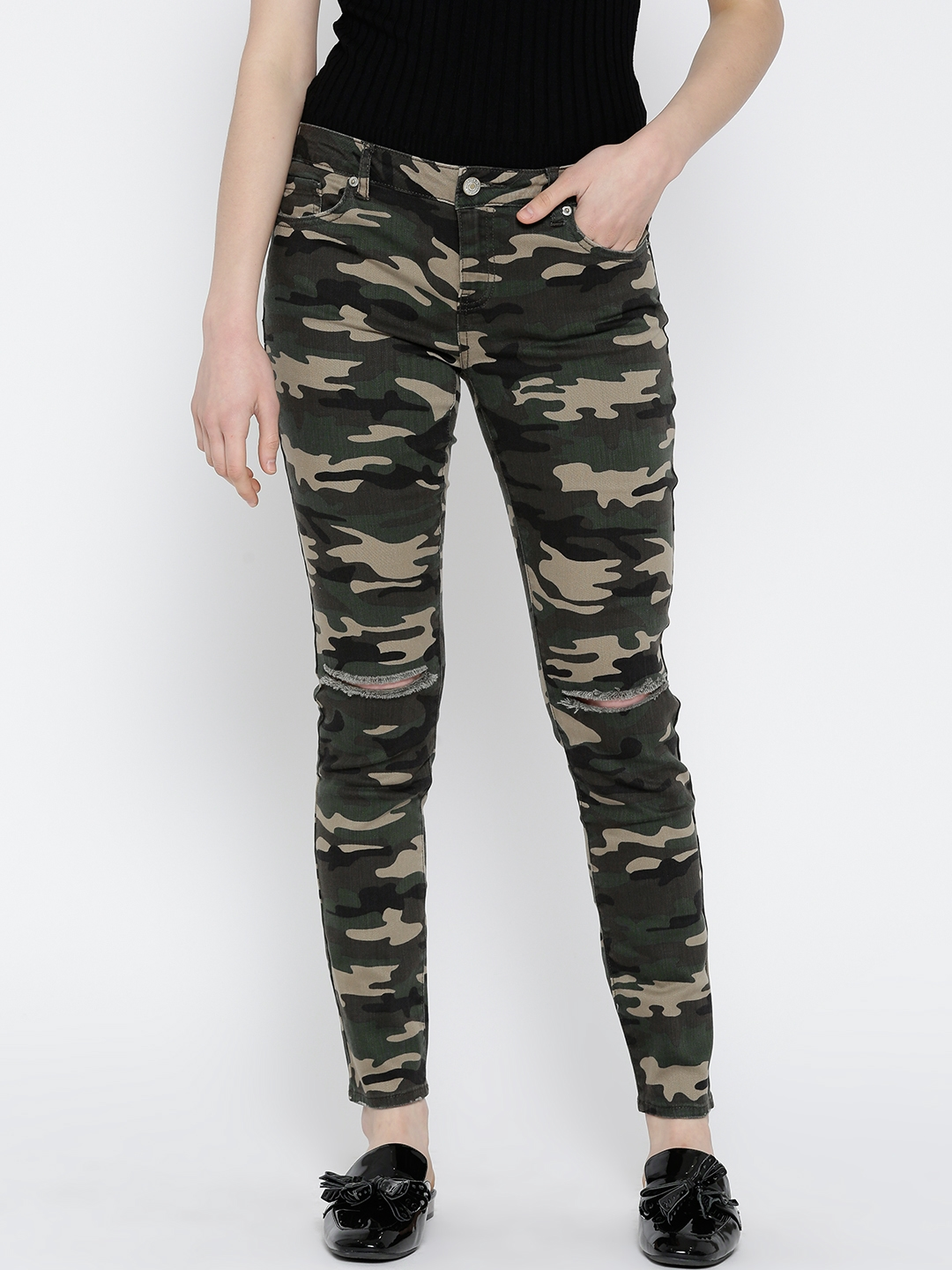 Buy Forever 21 Women Olive Green Camouflage Print Mid Rise Slash