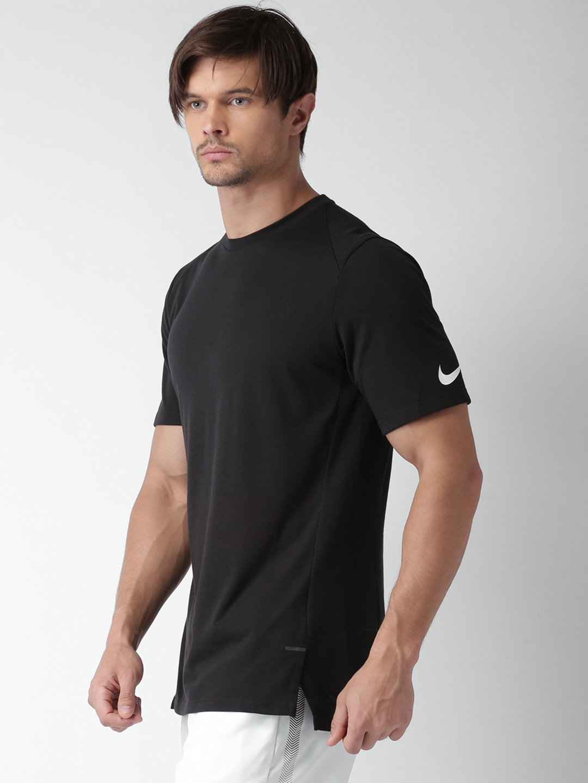4eaaccc0c67 Buy Nike Men Black Solid Round Neck T Shirt - Tshirts for Men
