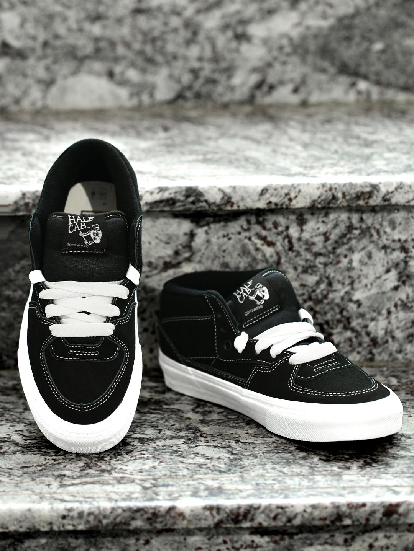 8ef216ccef Buy Vans Unisex Navy Half Cab Suede Professional Skateboard Shoes ...