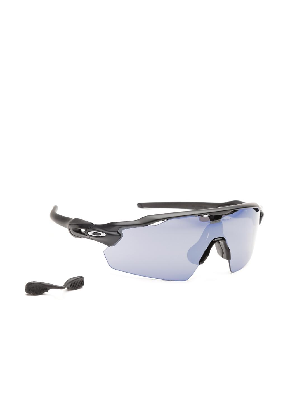 a53de43ed4 Buy OAKLEY Men Mirrored Sports Sunglasses 0OO921192110138 ...