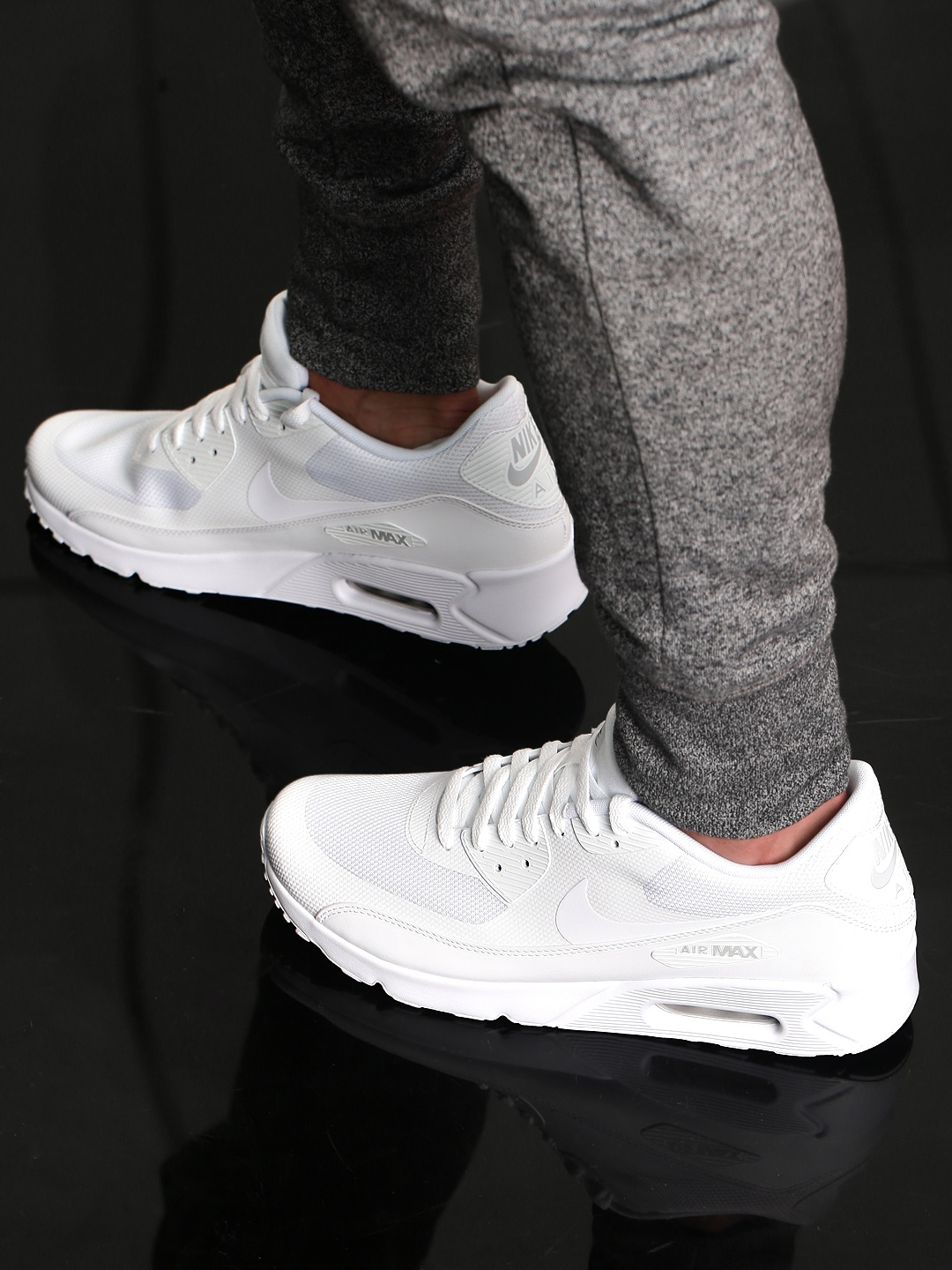 half off 5ee26 7980b Nike Men White Air Max 90 Ultra 2.0 Essential Sneakers