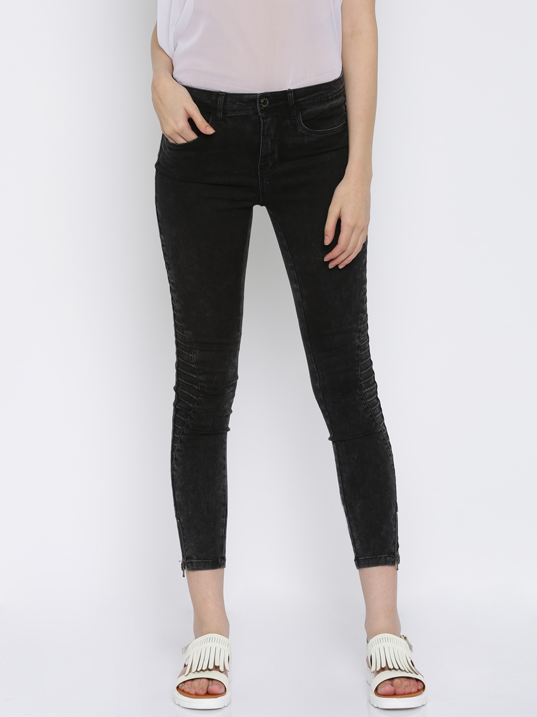 821bfef82 Buy ONLY Women Black Skinny Fit Jeans - Jeans for Women 1765384