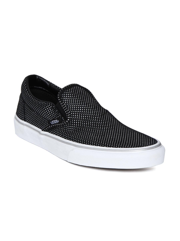 Buy Vans Unisex Black Printed CLASSIC SLIP ON Sneakers - Casual ... 9ff99eaee