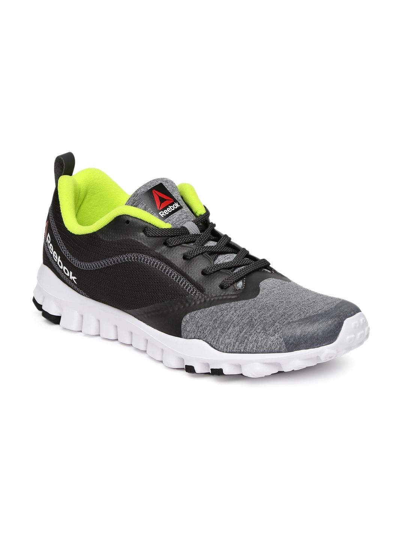 5a8a0a03365a Buy Reebok Men Black SUPER FLEX Running Shoes - Sports Shoes for Men ...