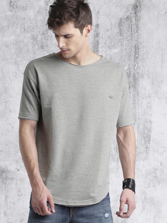 95cb0841d2 Roadster Men Grey Melange Solid Round Neck T-shirt