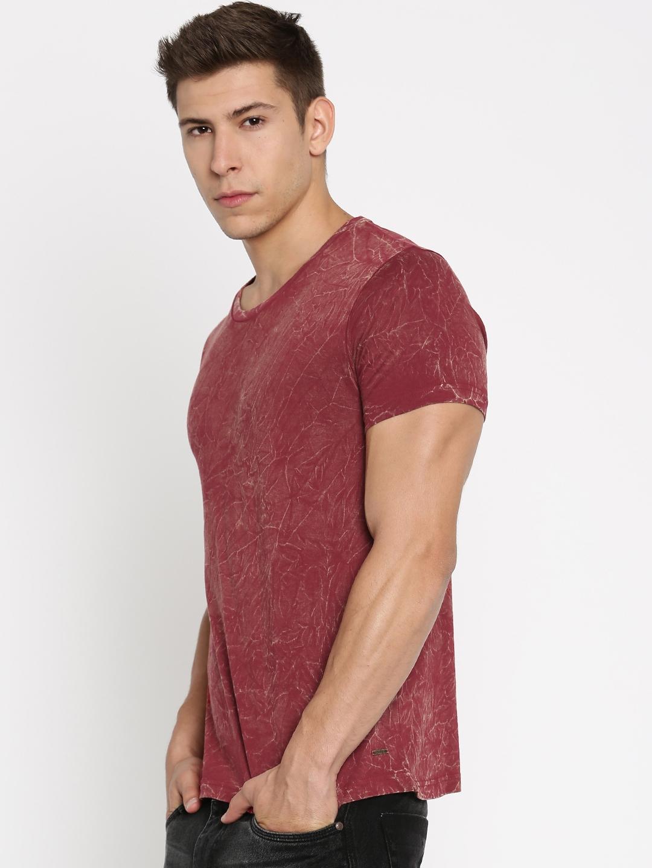 6865f3b85 Buy Roadster Maroon Printed T Shirt - Tshirts for Men