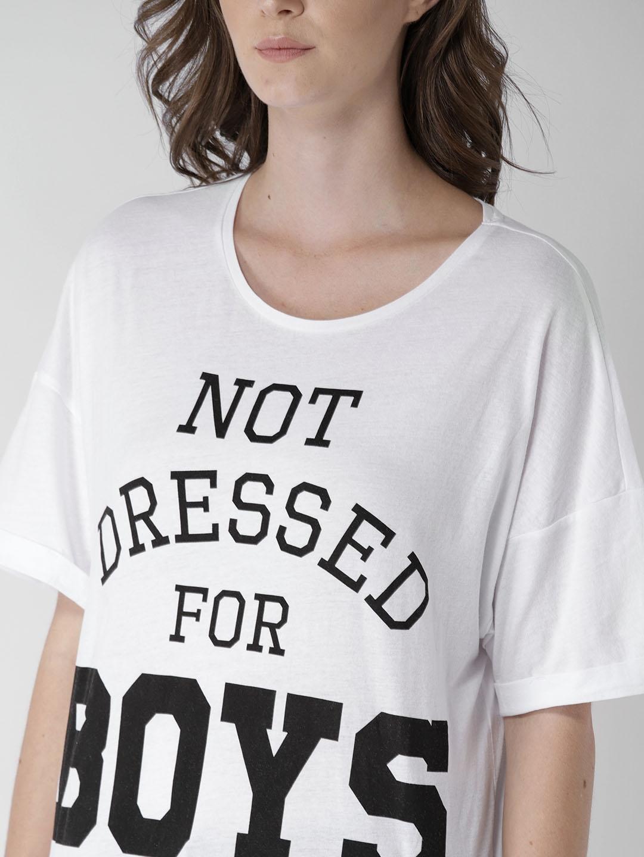 8603d8ef Buy FOREVER 21 Women White Printed Round Neck Longline T Shirt ...