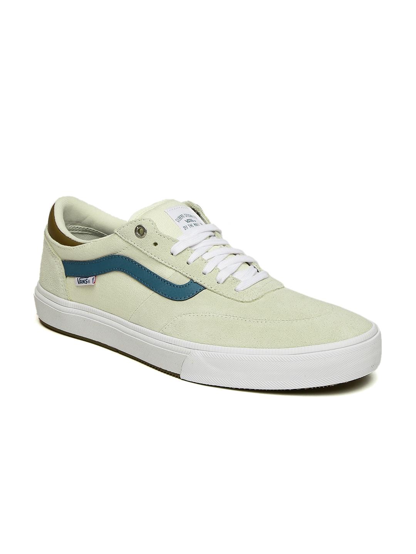 2441d7825d33 Buy Vans Men Off White Gilbert Crockett 2 Pro Skate Shoes - Casual ...