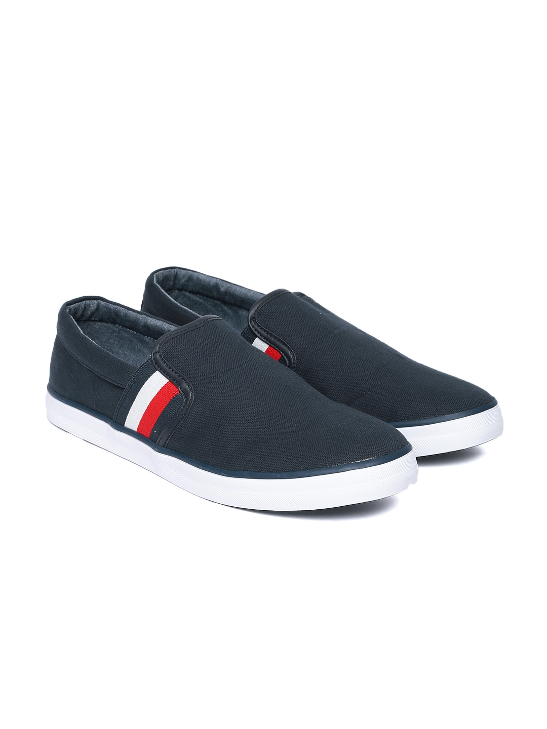 Casual Shoes For Men India