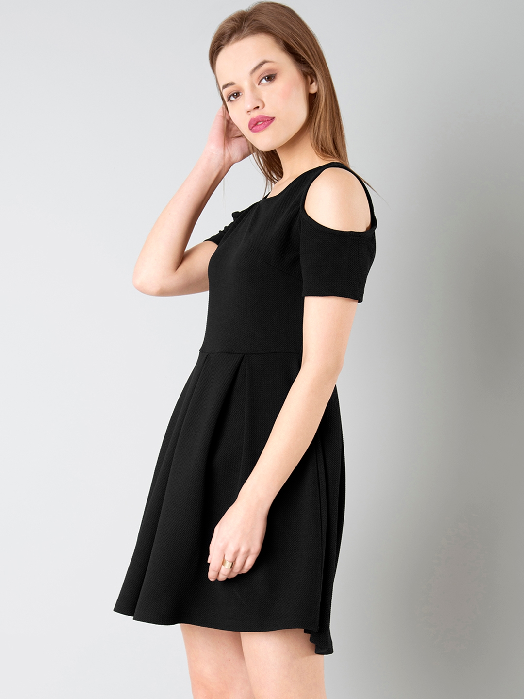3f8e409ecf31 Buy FabAlley Women Black Solid Cold Shoulder Fit   Flare Dress ...