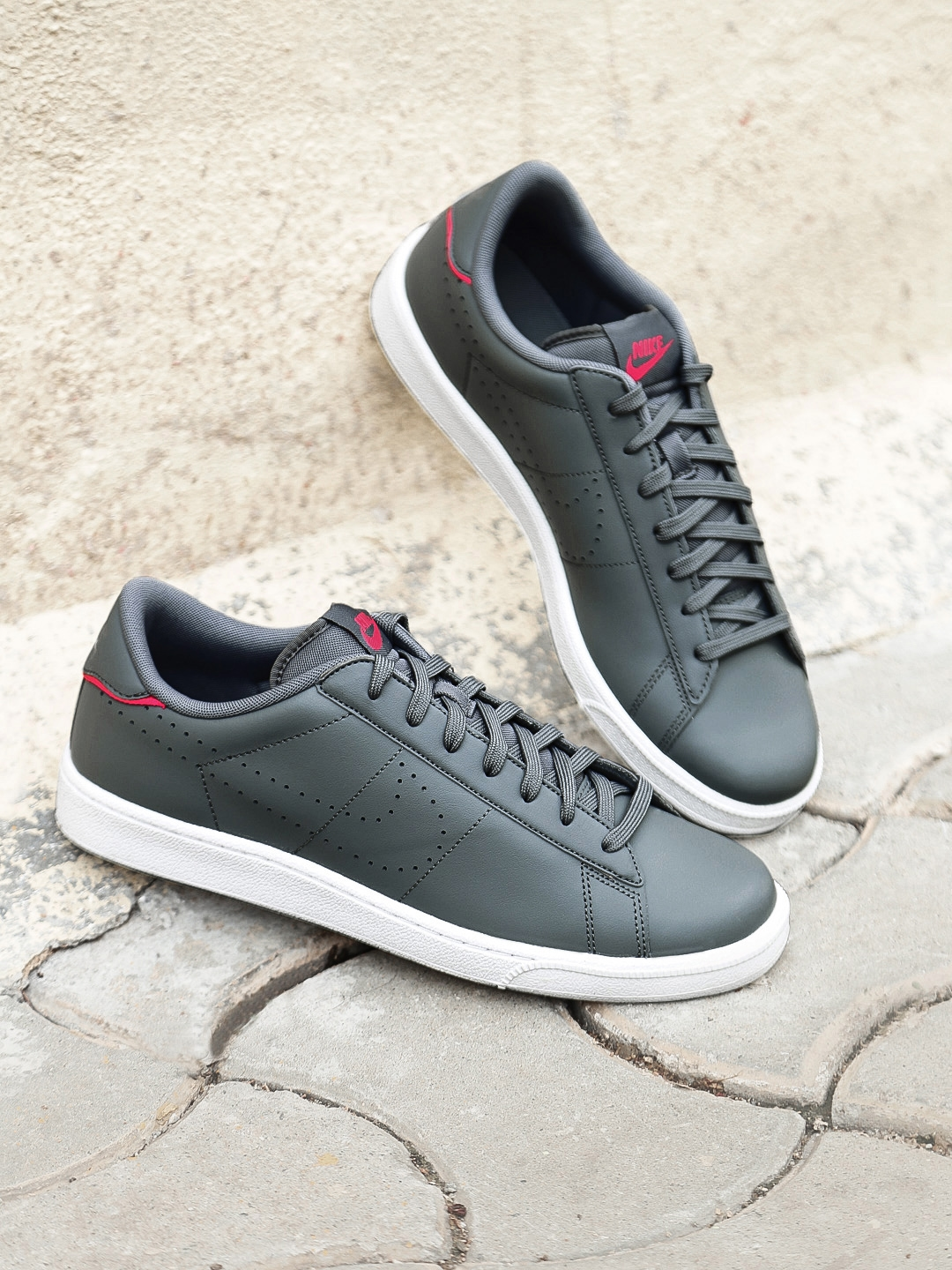 sale retailer fe023 d69d2 Nike Men Grey Leather TENNIS CLASSIC CS Shoes