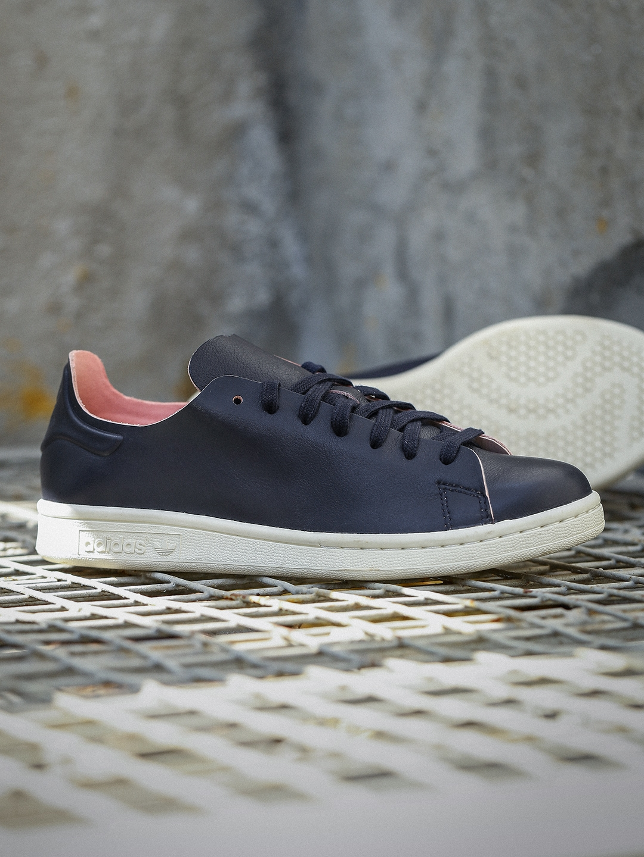 meet e69c9 8e82e ADIDAS Originals Women Navy Blue STAN SMITH NUUDE Leather Sneakers