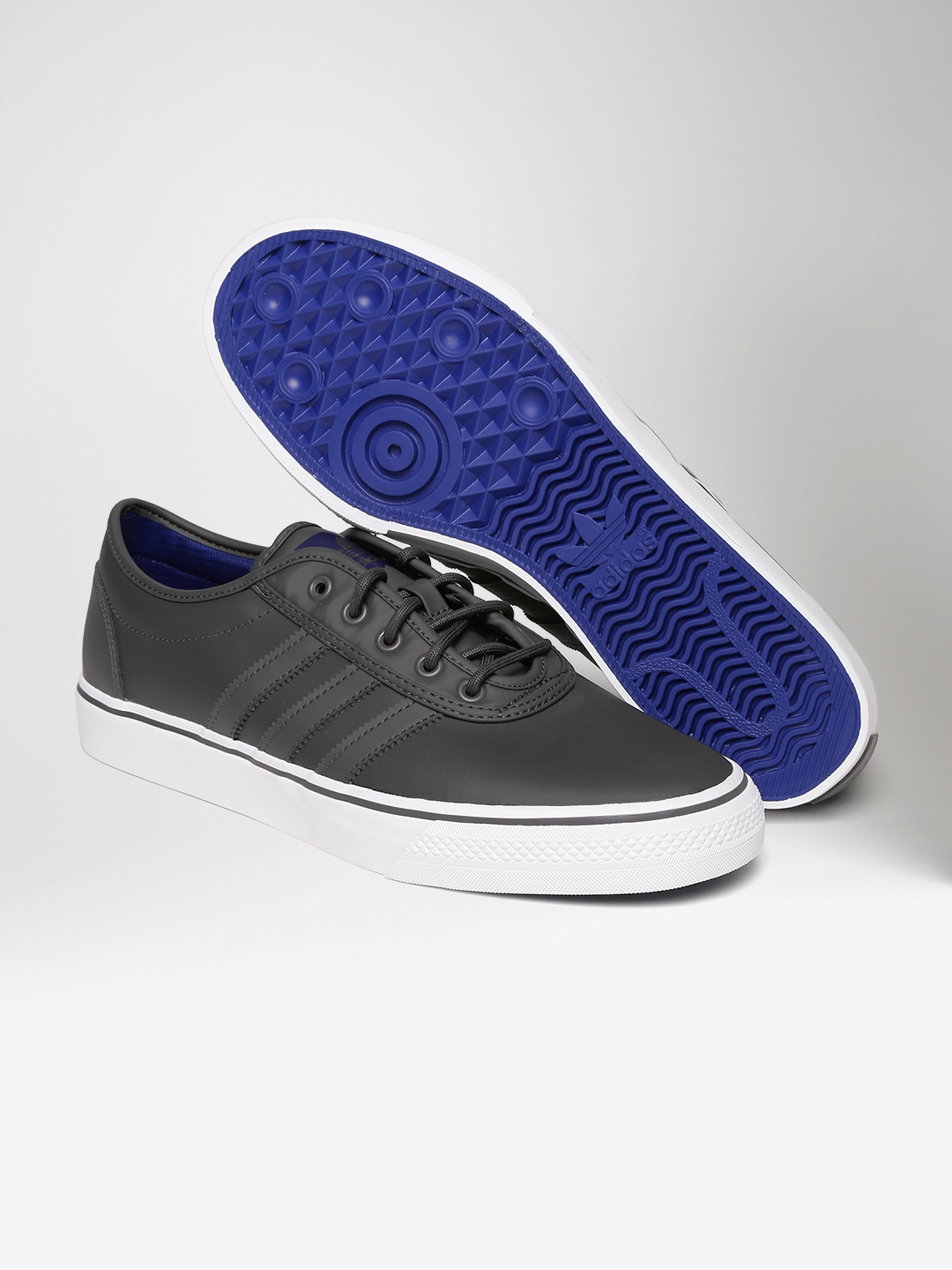 watch 7b753 fa489 ADIDAS Originals Men Charcoal Grey Adi-Ease Leather Skateboarding Shoes