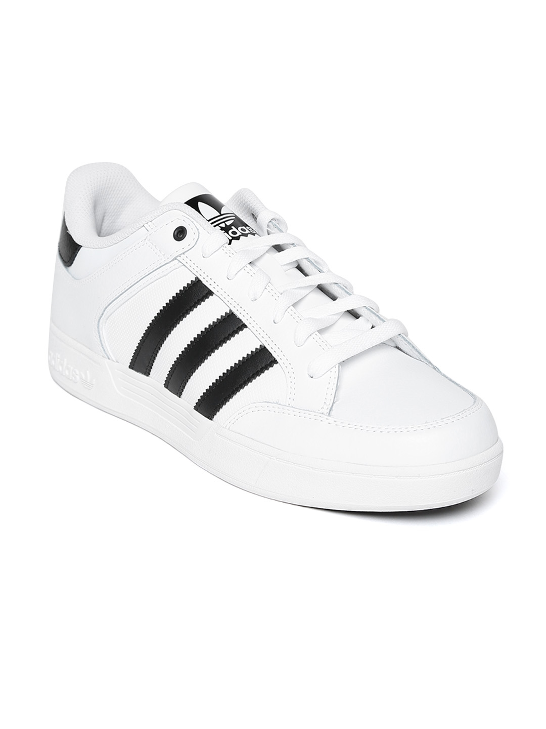 06bcd7007348e Buy ADIDAS Originals Men White Varial Low Skateboarding Shoes ...