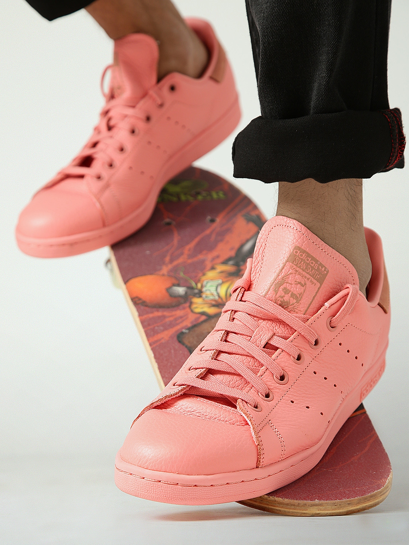 wholesale dealer 9a5bd 2bd18 ADIDAS Originals Men Coral Pink Stan Smith Sneakers