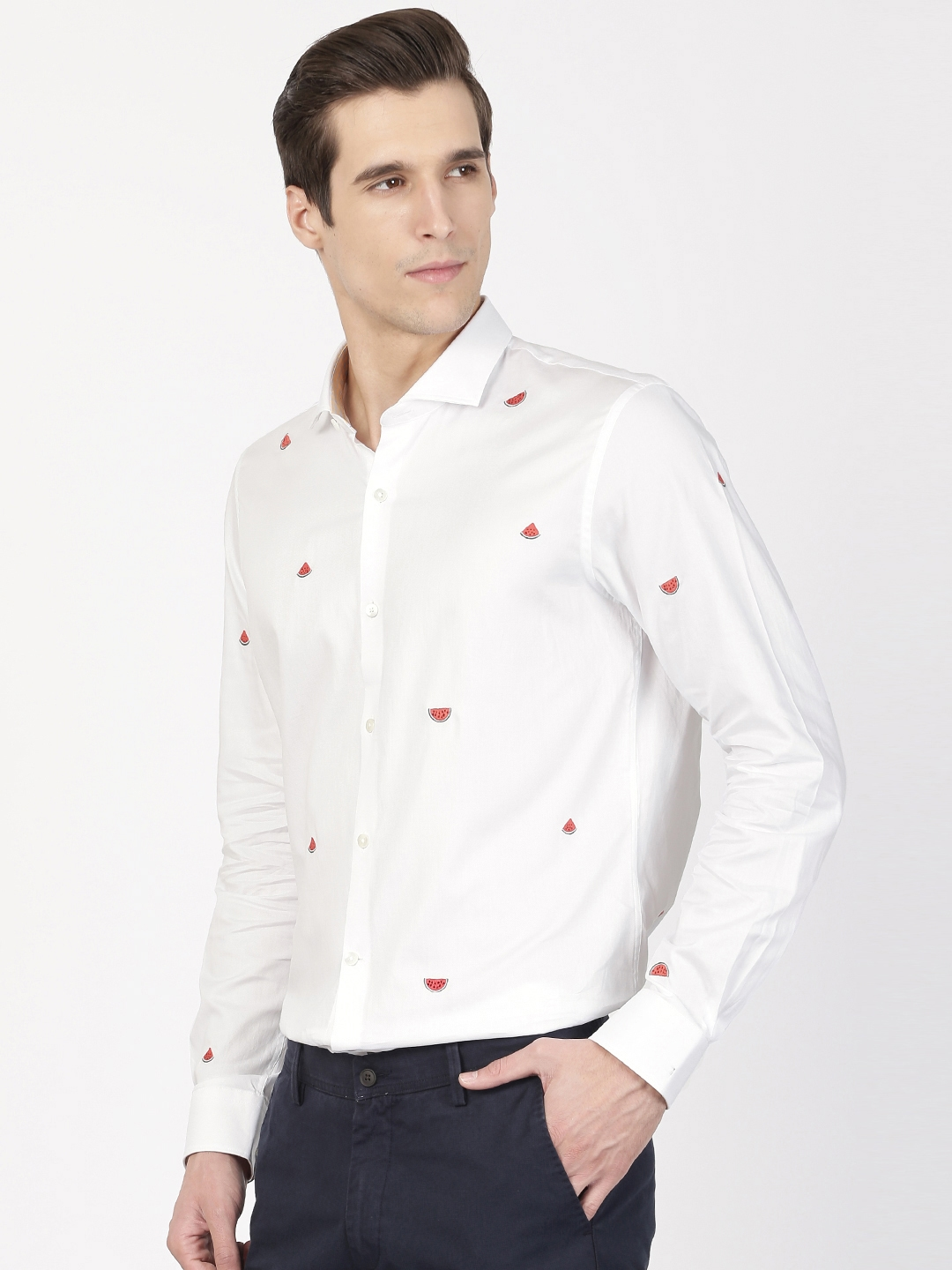 8f6ef38b331 Buy SIMON CARTER LONDON Men White Modern Fit Watermelon Embroidered ...