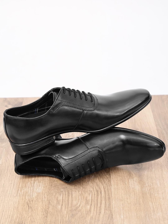 Buy INVICTUS Men Black Formal Oxford
