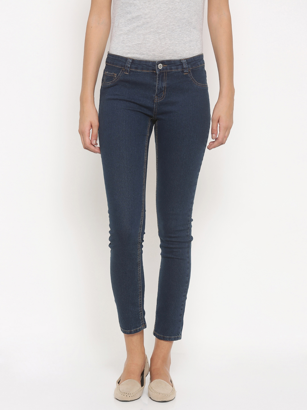 Pink Woman Blue Jeggings