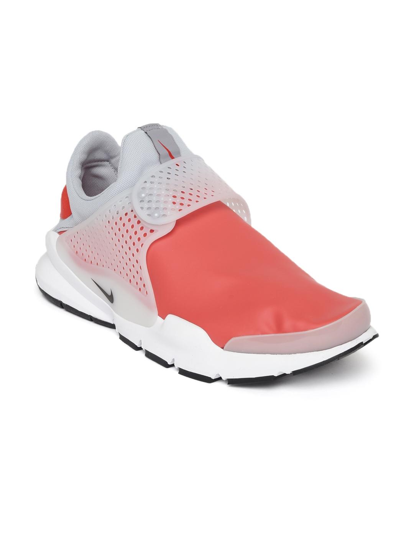 52646002f2a856 Buy Nike Men Coral Pink   Grey SOCK DART SE Sneakers - Casual Shoes ...