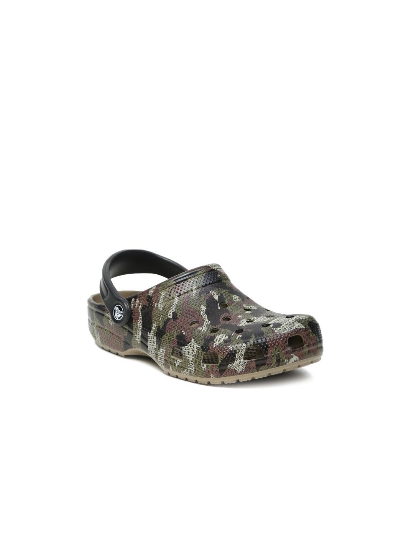 06112db3213db Buy Crocs Unisex Brown Classic Camo Clog - Flip Flops for Unisex ...