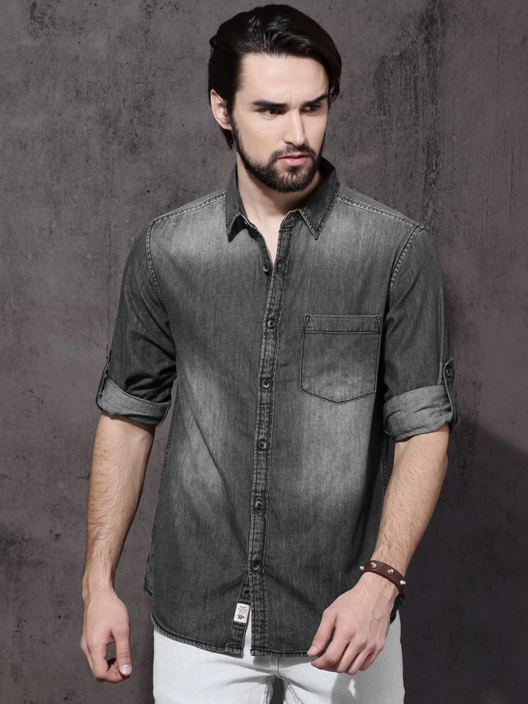 d0c137ac259 Buy Roadster Men Black Regular Fit Faded Denim Shirt - Shirts for ...